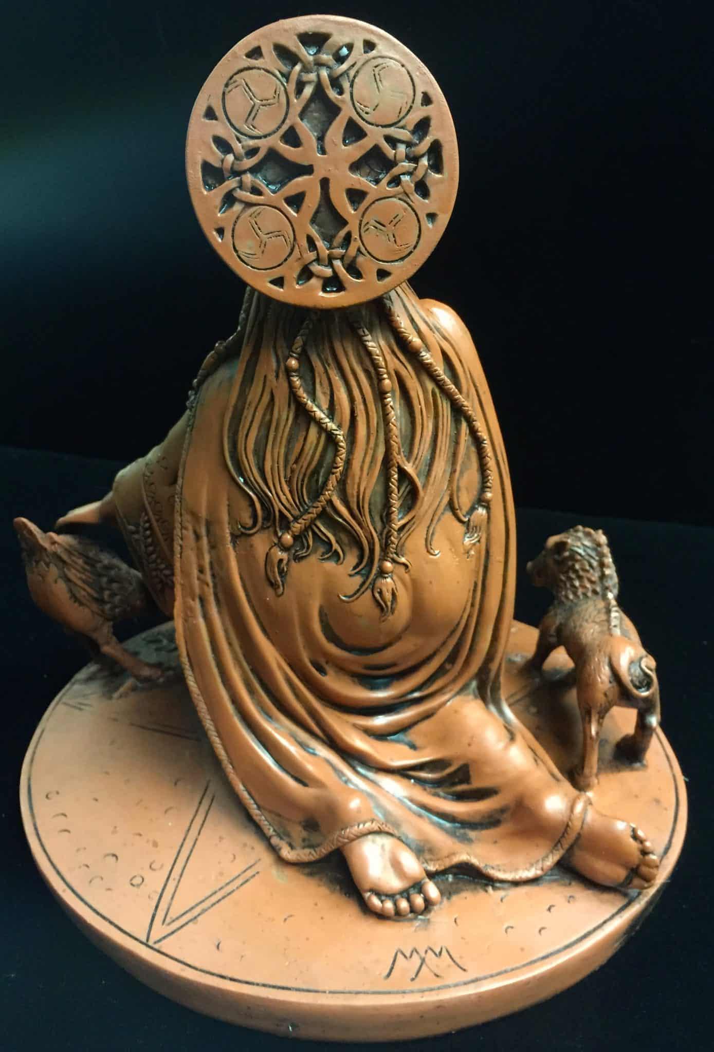 Celtic Crone Goddess Cerridwen Terracotta Resin Statue by Maxine Miller ©Maxine Miller - Rear View