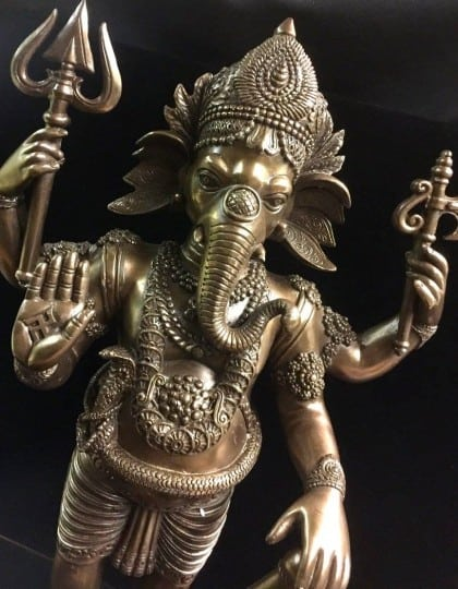 Hindu Lord Ganesha Elephant God Statue Cold Vasr Bronze ©celticjackalope.com #2