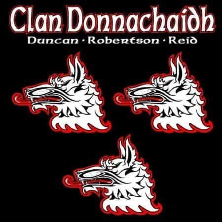 Clan Donnachaidh Clansman's Crest badge T-Shirt by Maxine Miller ©celticjackalope.com
